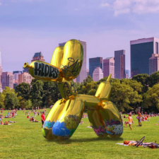 Snapchat And Jeff Koons' AR Sculpture Graffiti-bombed