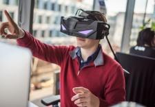 Czech Company Offers New 5K OLED VR Headset