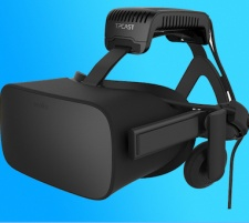TPCAST Brings Wireless VR Solution For Oculus Rift To Europe.