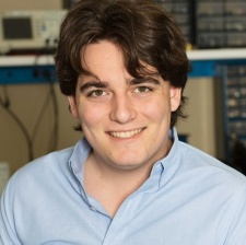 Palmer Luckey Leaves Oculus